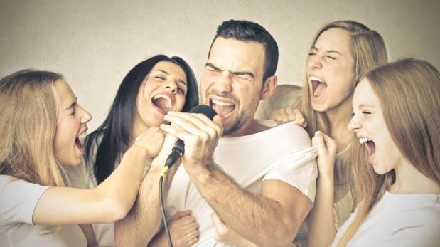 Karaoke en familia.jpg