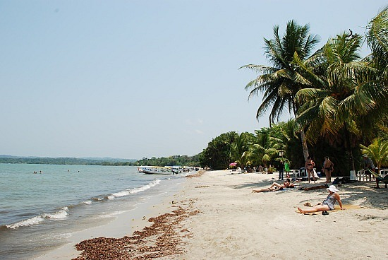 Viajes a Puerto Barrios Playa dorada