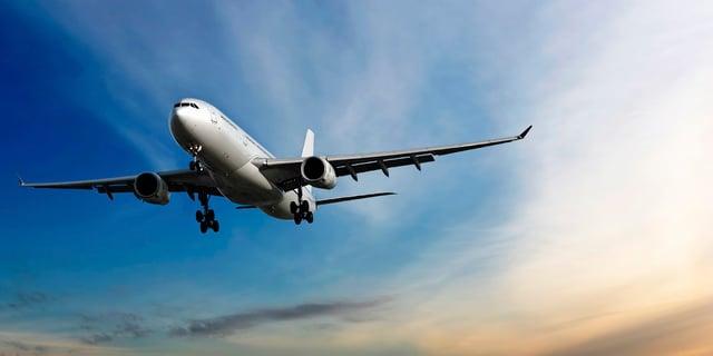 Viajar en avión.jpg