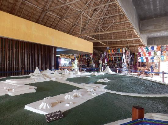 Vuelos a Tikal Museo Sylvanus Morley.jpg