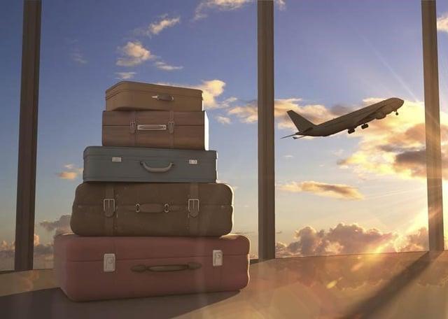 Vuelos a Guatemala maletas en aeropuerto.jpg