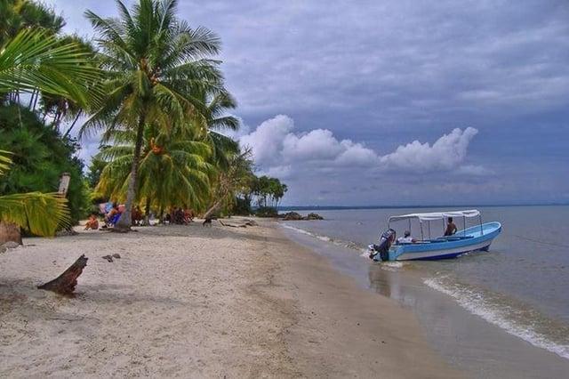 Vuelos a Guatemala Puerto Barrios.jpg
