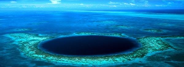 Vuelos a Belice blue hole.jpg
