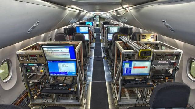 Vuelos a Honduras, pruebas en aviones comerciales.jpg