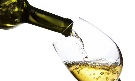 Vuelos a Belice, caracteristicas de un buen vino blanco.jpg