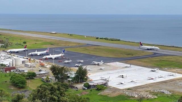 Vuelos a Roatan, Aeropuerto Roatan.jpg