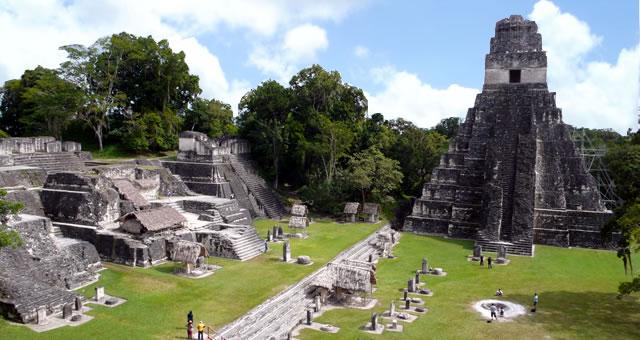 Vuelos a Tikal, Tikal, Guatemala.jpg