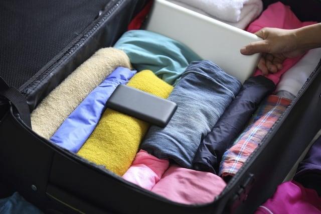 Vuelos a Roatan, empacando maleta.jpg