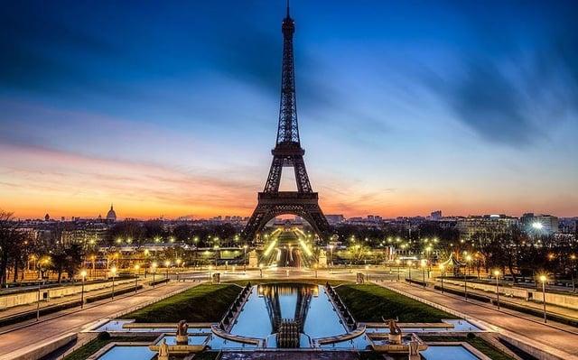 Vuelos a roatan, Paris.jpg