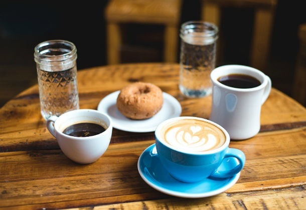 Vuelos a belice, cafe y agua.jpg
