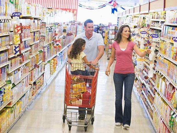 Vuelos a Guatemala compras en familia.jpg